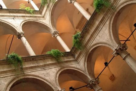 palazzo dei capitani Ascoli Piceno